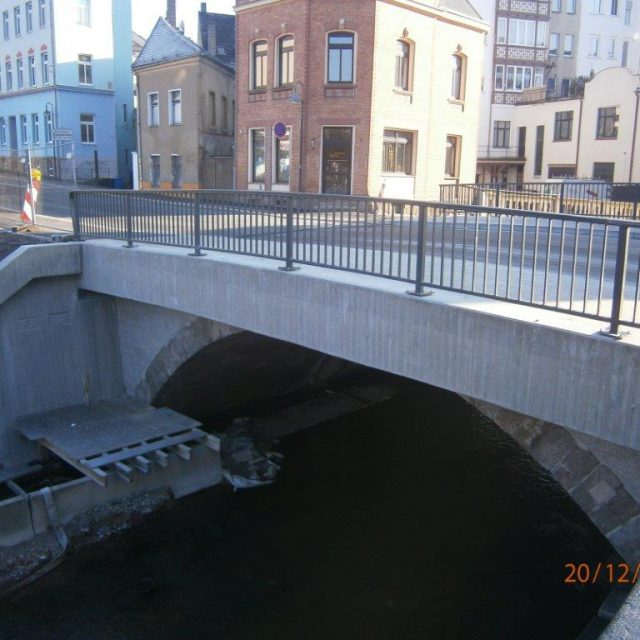 Teilersatzneubau der Brücke über die Pleiße in Werdau // März 2016 – Oktober 2017